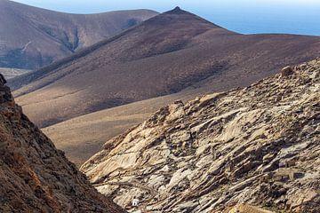 Vulkaanlandschap op het eiland Fuerteventura van Reiner Conrad