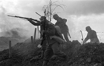 Männer, die im Ersten Weltkrieg auf dem Schlachtfeld kämpfen