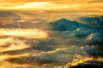 Luftaufnahme Zagros Gebirge im Iran mit Nebel von Dieter Walther