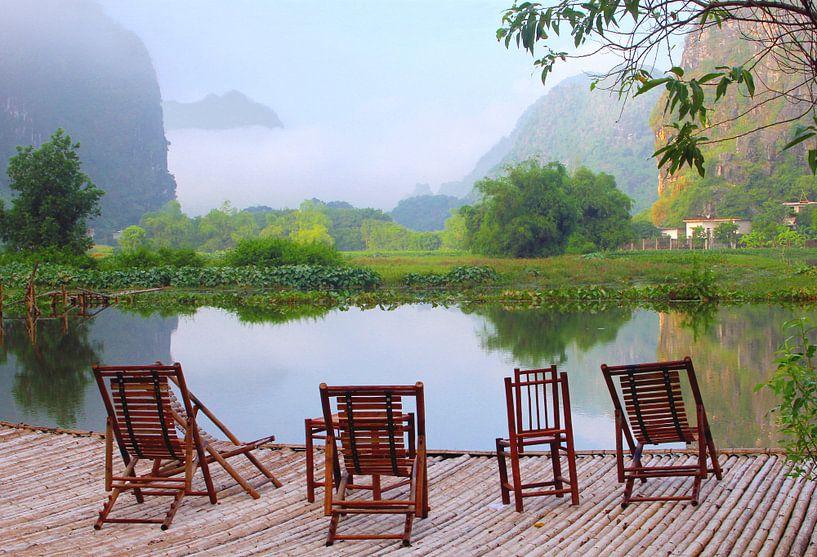 Terrasje, Vietnam van Inge Hogenbijl
