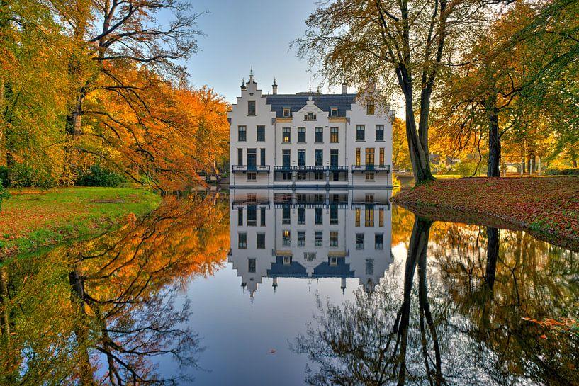 Kasteel Staverden in de herfst van Fotografie Ronald