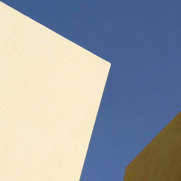 Drievlaksverdeling in geel, blauw en bruin