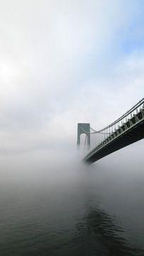 Brug New York in de mist von Gilian Fijen