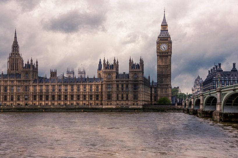 Een bewolkte dag in Londen van Stefan Fokkens