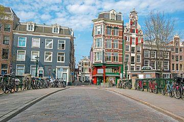 Stadsgezicht van Amsterdam aan de Gelderse Kade van Nisangha Masselink