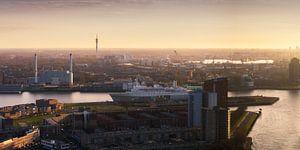 Panorama Rotterdam Zuid en SS Rotterdam  van