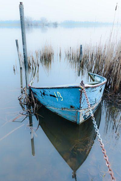 De blauwe boot van Max ter Burg Fotografie