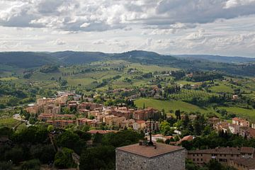 Uitzicht San Gimignano #2 van Sander van Dorp