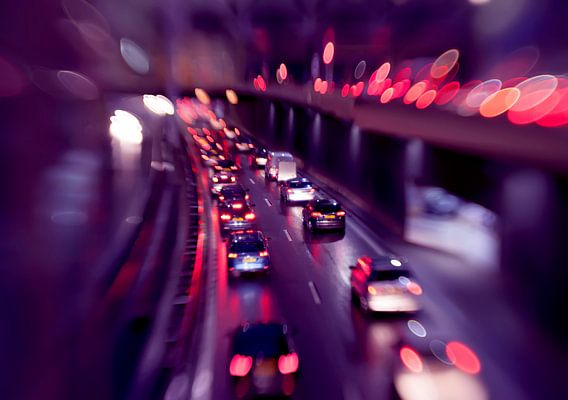 evening traffic light in rain city