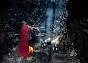 Jak thee wordt gekookt voor de monniken van Affect Fotografie