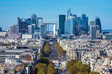 Blick auf die Bürostadt La Defense in Paris, Frankreich sur Rico Ködder