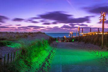 Strandafgang in de nacht van Richard Steenvoorden