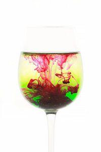 Glas met kleur van