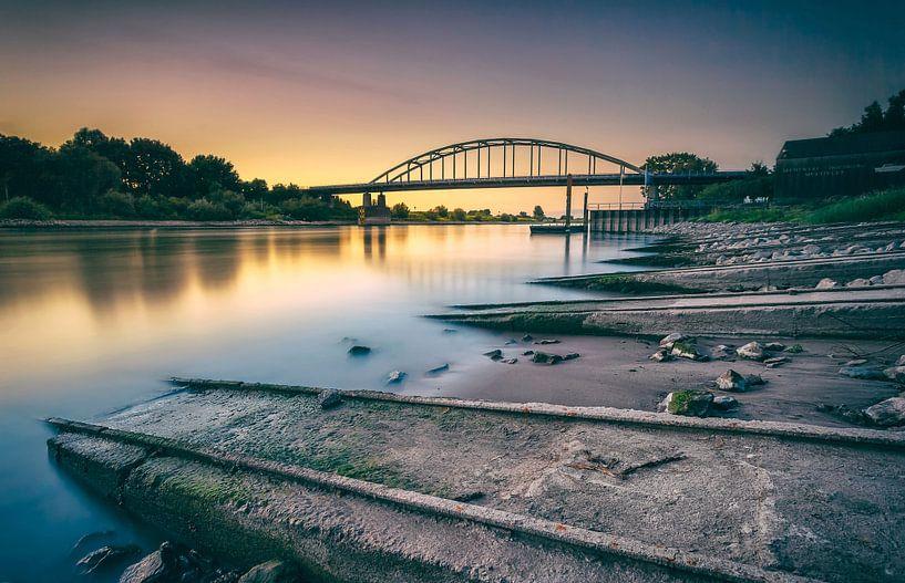 zonsondergang brug Doesburg van Martijn van Dellen