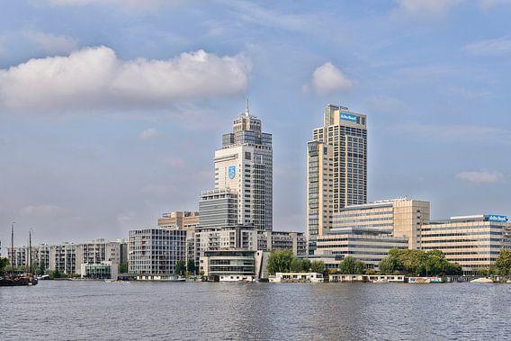 Amsterdamse 'Skyline' aan de Amstel. van Don Fonzarelli