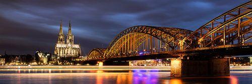 Moody Köln Panorama von Vincent Fennis
