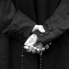 Praying the Rosary sur Anouschka Hendriks