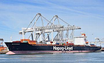 Containerschip Milan Express van Piet Kooistra