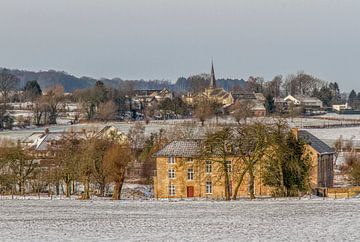 Winters panorama van de Frankenhofmolen in Holset