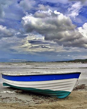 Boat Corfu van J.P. Valentine