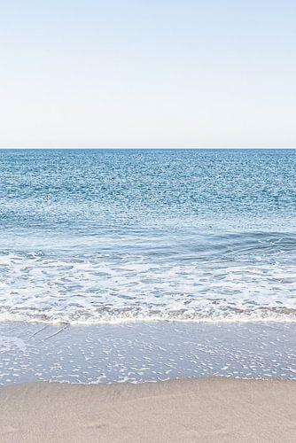 Drieluik van de Noordzee en het Scheveningse strand. 2 van 3.