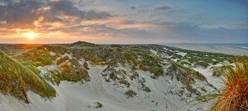 Zonsopkomst, duinen de Hors Texel van