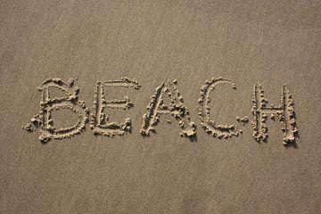 Beach geschreven in zand van MSP Canvas
