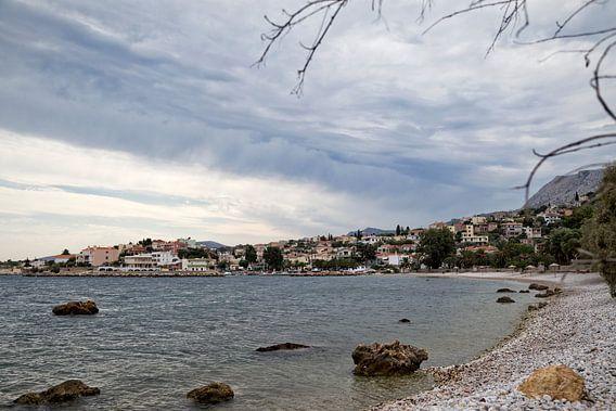 Klein, Grieks dorp aan de kust
