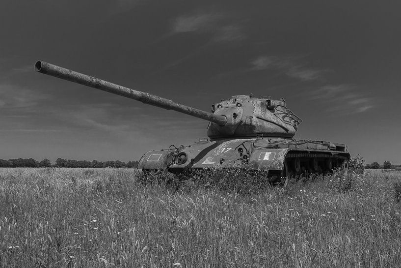 M47 Patton leger tank zwart wit 3 van Martin Albers Photography