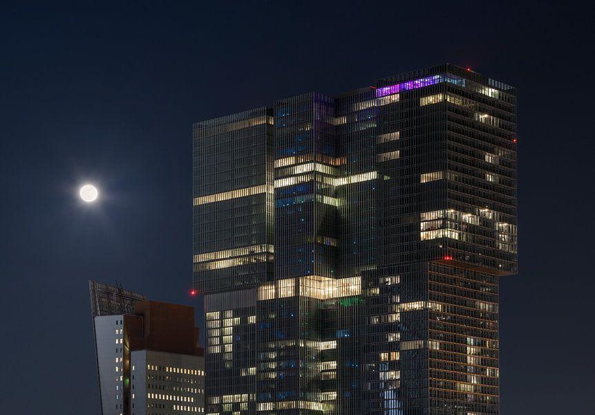 De Rotterdam met volle maan