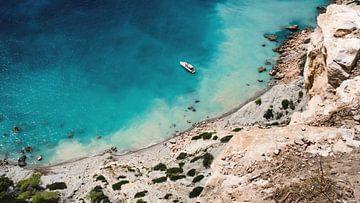 Ibiza, jacht voor de kust van