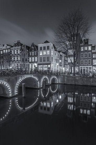 Amsterdam by Night - Herengracht en Herenstraat - 3 van Tux Photography