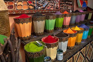 Kleuren in Marrakech van Richard van der Woude