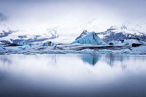 Gletsjermeer reflectie van