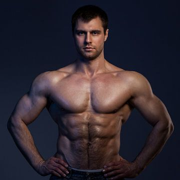 Stoer lijf van een sexy bodybuilder