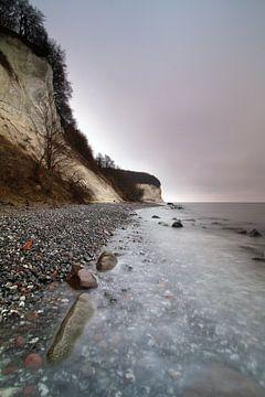 Grauer Tag an der Kreideküste von Marko Sarcevic
