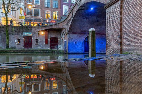 Blauwe brug, Bezembrug Utrecht tijdens het blauwe uurtje.