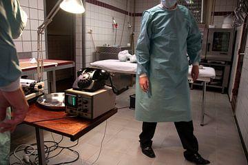 Alien autopsy van
