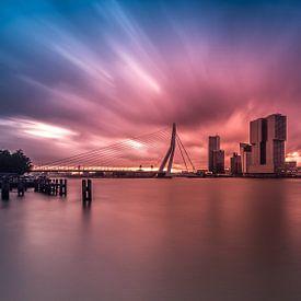 Explosieve zonsopkomst in Rotterdam van MS Fotografie