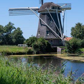 Molen in Amsterdam-Osdorp van Foto Amsterdam / Peter Bartelings