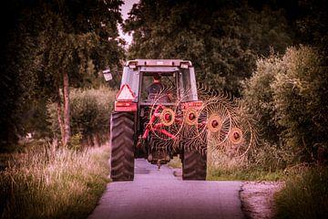 Tractor in de Alblasserwaard von Kees van der Rest