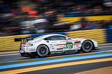 Aston at speed van Michiel Mulder