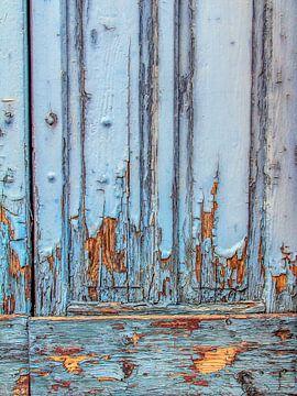 Blauwe deur 2 van Ron van Ewijk