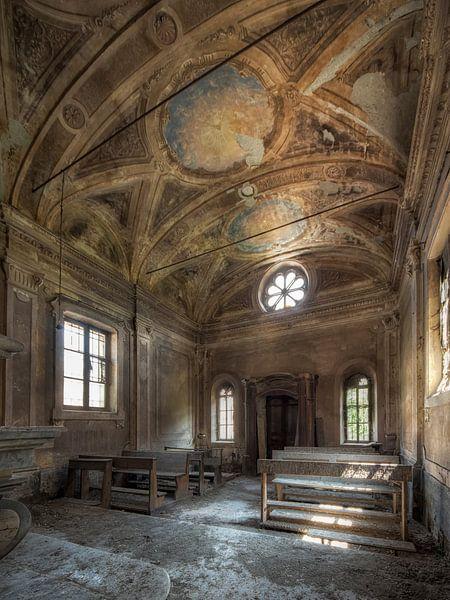 Rotten kerk - verlaten plaats van Carina Buchspies