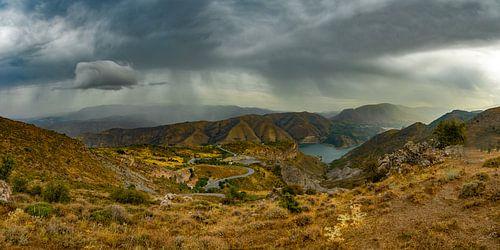 Slecht weer boven de Sierra Nevada, Spanje