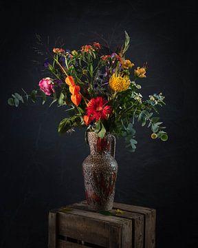 Decoratieve bloemen vaas stilleven van MICHEL WETTSTEIN