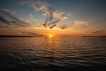 Zonsondergang op de Westerschelde. van Brian Morgan