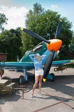 Pin-up working girl Spitfire I von Arthur Wijnen