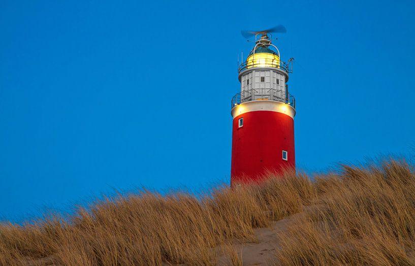 Vuurtoren van Texel in het blauwe uur / Texel Lighthouse in the blue hour van Justin Sinner Pictures ( Fotograaf op Texel)