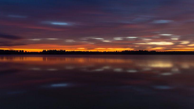 Colorful Twilight van William Mevissen